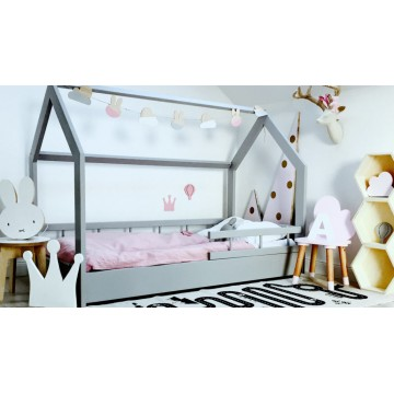 Malowane łóżko domek -...