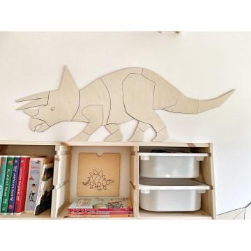 Dinozaur Triceratops...
