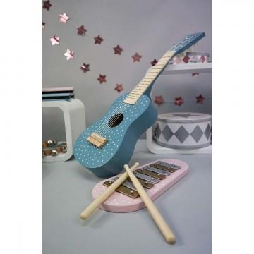 Drewniana gitara niebieska...