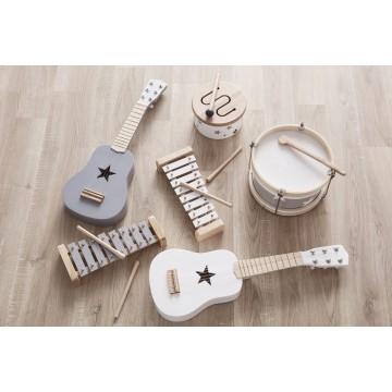 Drewniana gitara dla dzieci...